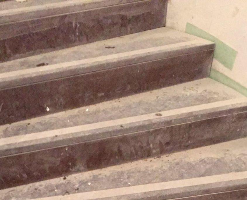 Treppenreinigung vorher